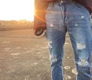 韓國 OVERSIZE 風格 破壞牛仔 春夏必備 淺色牛仔褲 破褲