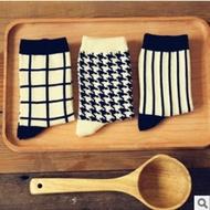 【現貨特價】新品caramella 經典黑白創意襪子 全棉 復古 女襪 襪子批發