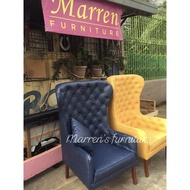 Accent chair / tufted