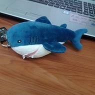 Ikea小鯊魚吊飾娃娃