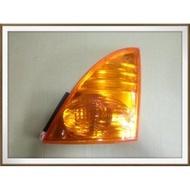 【帝益汽材】HINO 500 FD GH 福將 11~17噸 2003年後 方向燈 角燈 黃 2孔《另有賣角板、照後鏡》
