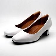 รองเท้าส้นสูง หนังนิ่ม ไม่กัดเท้า รองเท้าทำงาน รองเท้าสีขาว รองเท้าสีดำ รองเท้าผู้หญิง รองเท้าคัชชูหนังวัวแท้ 100% Sofit รุ่น SU144NL