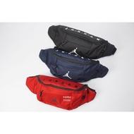 KUMO SHOES-現貨 NIKE JORDAN WAIST BAG 側背包 隨身包 腰包 霹靂包 黑色/9A0092-023 深藍/9A0092-695