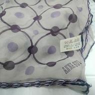 【貝琪的幸福小屋】免運惜售不買可惜~~二手Anna Sui淡紫色絲巾(原價1980)~~好搭買到賺到