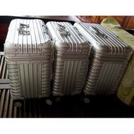燕姐代購 RIMOWA PILOT ALUMINIUM 鋁鎂合金四輪商務箱 機長箱 商務箱 攝影箱 彩妝箱