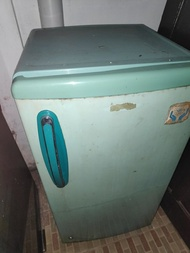 freezer bekas