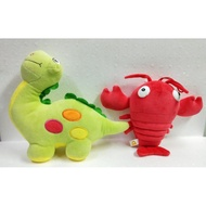 恐龍和龍蝦布偶。填充玩具。
