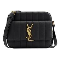 【YSL】Vicky camera bag 金屬LOGO絎縫斜背包相機包(黑)
