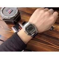 卡西歐 手表 男 G-SHCOK 銀色表盤 時尚 石英太陽能機芯 GMW-B5000-1JF