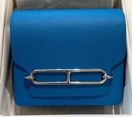 愛馬仕hermes Mini roulis 0F Frida藍 銀扣 ec 很夏天的藍色 内拼紅 $2xxxxx  2021 06💜