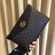 Gucci手袋 古馳男款手拿包 男包包 手拿包 卡夾 Gucci皮夾 黑色 壓紋 真皮 男用手抓包