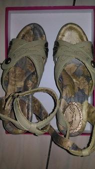 MURILLO 麥麗諾(麥坎納姐妹品牌)真皮氣墊厚底涼鞋 楔型鞋 高跟鞋