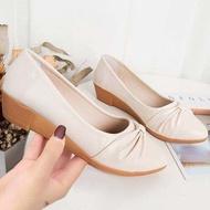 🔥พร้อมส่ง🔥 🍒รองเท้าคัชชู รองเท้าแฟชั่น รองเท้าคัชชูผู้หญิง เสริมส้น 1 นิ้ว F041