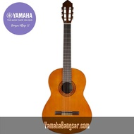 Yamaha C40 Classical Full Size Classical Guitar with 6 Nylon Strings Thin gloss finish – Natural 4 / 4 Full Size