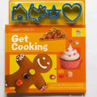Get Cooking (Maestro Activity Books)