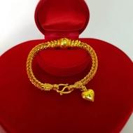 สร้อยข้อมือทอง สี่เสา ลายเบนซ์ คั่นตุ้ม ห้อยหัวใจ สร้อยข้อมือ น้ำหนัก 2บาท มีขนาดไซส์ให้เลือก ชุบด้วยเศษทอง งานเคลือบแก้ว