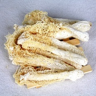 竹笙-無漂白、無硫磺、鮮脆體嫩,營養豐富,重量輕,脆嫩的口感 。