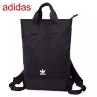 Adidas Originals geometric 3D roll top backpack รุ่นใหม่ชนช้อป!!กระเป๋าเป้สะพายหลัง เปิดปิดด้วยซิปเดียวด้านบน ด้านหน้ามีโลโก้