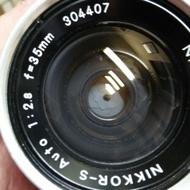 鏡頭 nikon 35mm,f2.8-non ai 135mm f3.5 單眼相機
