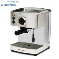Electrolux 伊萊克斯高壓義式濃縮咖啡機 EES200E