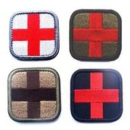 十字架戰術醫療徵章 醫療救援背包章刺繡戰術軍事補臂章布章魔術貼魔鬼氈