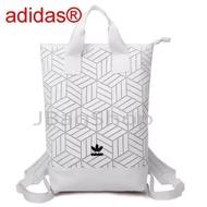 Adidas Originals geometric 3D roll top backpack รุ่นใหม่ชนช้อป!!กระเป๋าเป้สะพายหลัง ของแท้100% ส่งฟรี