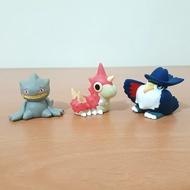 【夢拉】 日本正版 神奇寶貝公仔 Z15 指偶 寶可夢 神奇寶貝 詛咒娃娃 刺尾蟲 烏鴉王