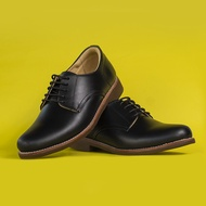 StepPro รองเท้าหนังแท้ ลำลอง คัชชู ผู้ชาย หุ้มส้น แบบผูกเชือก หนังออยล์ สีดำ Derby Shoes Code 911