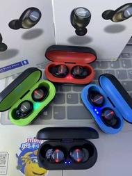 Bose SoundSport Free mini TWS Earbuds Sweatproof Sport Headset True Wireless Bluetooth Headphones with Charging Case.Bose Free xiaomi#apple#oppo .Bose Free mini Bose SoundSport Free true wireless bluetooth headset TWS sports earbuds