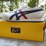 รองเท้า Onitsuka tiger Mexico66 SD (ราคาใน shop ไทย 5,900 บาท)