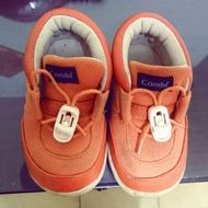 Combi童鞋二手