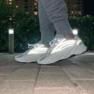 KUMO SHOES-ADIDAS YEEZY BOOST 700 V2 STATIC 白 3M 反光 EF2829 老爹鞋