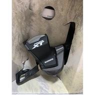 『時尚單車』Shimano XT M8000 11速 有視窗 右變把 登山車