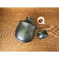 小糖瓷⎥日本製 黑晶溫酒器加清酒杯杯 一加兩杯組