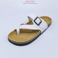 ๐[รับโค้ด12%เพียงกดติดตามร้าน] BikenStock Style หนังPU ทรงคีบโป้ง พื้นไบเก้น ปรับหน้าเท้าได้ FT GD QS
