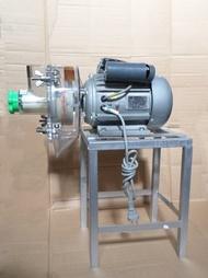 乾濕兩用萬能粉碎機 五穀雜糧磨粉機 飼料機 磨漿機 豆漿機 產量極快省錢 又省工的好幫手