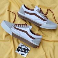 Vans Old Skool卡其色/白色Shitake Brown