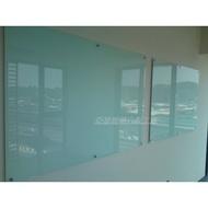 亞瑟玻璃白板 磁性玻璃白板 超白白板 教學白板 投影白板 防眩光玻璃 會議室白板 鋁製筆槽 壓克力筆架 玻璃筆槽