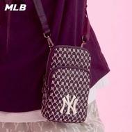 【MLB】零錢包 手機包 小包 斜背包 Monogram老花系列 紐約洋基隊(32BGDK111-50L)