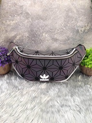 adidas Originals 3D Mini Airline (ISSEY MIYAKE Style Shoulder Bag) กระเป๋าสะพายสไตล์สปอร์ต outlet 100%