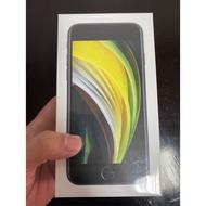 自售目前有iPhone se/64g-4'7吋手機全新未拆封的一支售12800謝謝面交