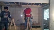 大台北裝修通專業木工矽酸鈣天花板施工.超耐磨木地板施工立約施工有保障.林口.泰山.新莊.中和