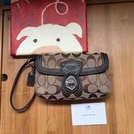 COACH 棕色 手拿包 手機包 零錢包 歡迎議價(包運)喜歡可議價
