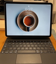iPad Pro 11吋 128GB-太空灰(含巧控鍵盤及pencil)