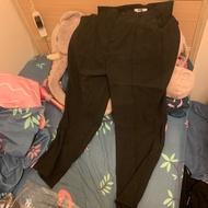 黑色西裝褲,涼感,很薄