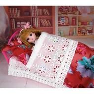 小禎ㄟ雜貨 莉卡娃娃配件組 館主手工 桃色花床組床組 含床 被子 枕頭 娃娃床 適合30公分內的娃
