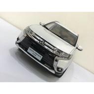 全新現貨 Mitsubishi Outlander 1/18 車模 模型 模型車