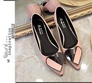 รองเท้าหุ้มส้นหัวแหลมรูปหัวใจ รองเท้าผู้หญิงรองเท้ารองเท้าคัชชู ( มี 4 สี ฟ้า / ชมพู / ขาว / ดำ ) No.F081