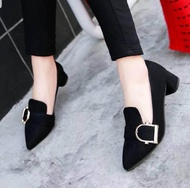 Dz ❤ รองเท้าส้นสูงแฟชั่น คัชชูหุ้มส้น ผ้ากำมะหยี่❤ สไตล์เกาหลี - สีดำ