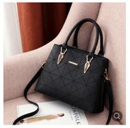 Birthday Gift for Mom for Old Mom 30-40-50 Years Old Bag Shoulder Hand Grandma Bag
